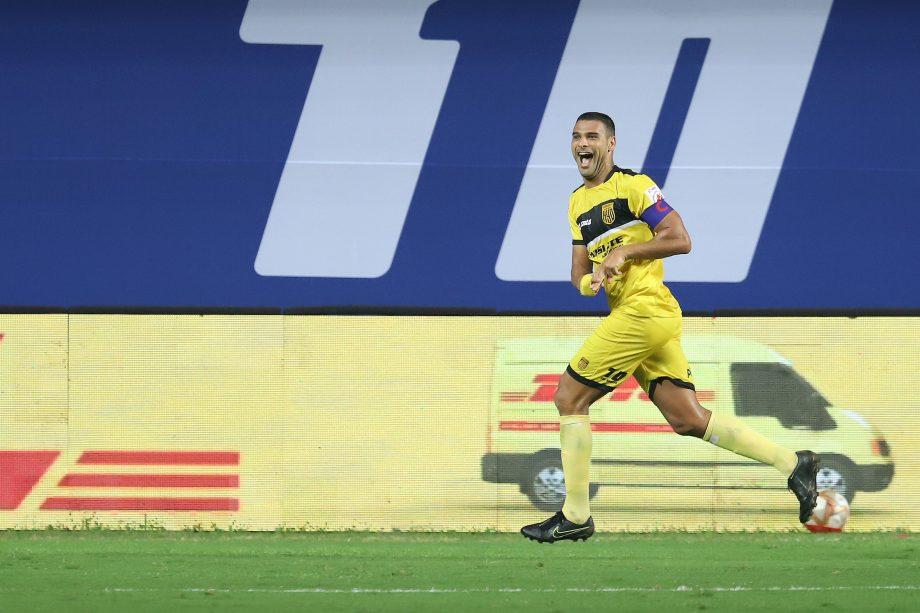 Aridane celebrating his goal against FC Goa