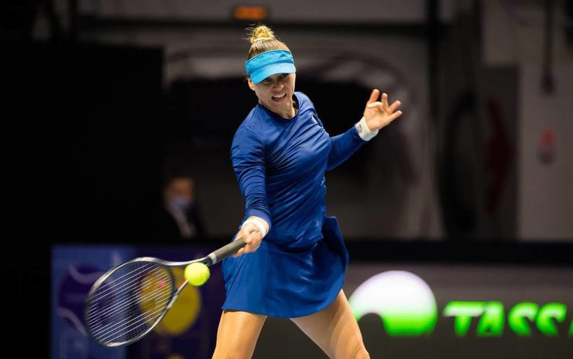 Vera Zvonareva during a match