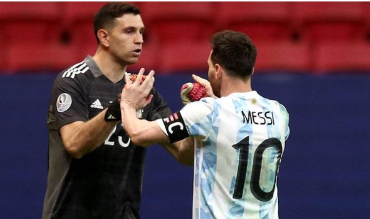 Lionel Messi labeled ex-Arsenal Emi Martinez